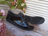 Кожаные лакированные кроссовки Ecco Soft